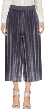 Aviu 3/4-length shorts