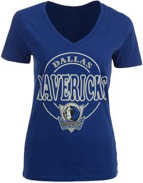 5th & Ocean Women's Dallas Mavericks Circle Glitter T-Shirt