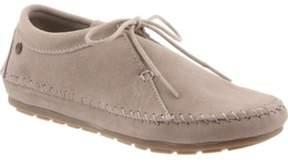 BearPaw Women's Ellen Moc Toe Shoe.