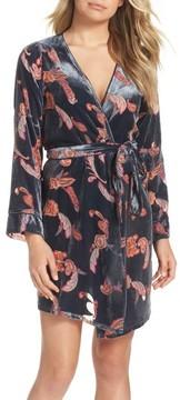 Chelsea28 Women's Velvet Short Robe