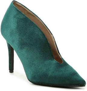 Penny Loves Kenny Women's Miff Velvet Pump