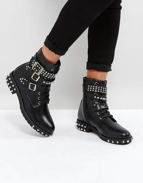 Park Lane Studded Flat Boot