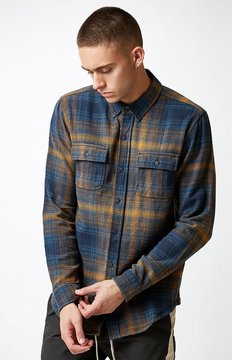 Ezekiel Brady Plaid Flannel Long Sleeve Button Up Shirt