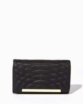 Circle Quilted Wallet Crossbody