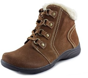 Earth Origins Crowley Women W Round Toe Suede Ankle Boot.