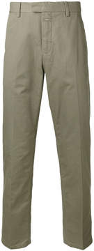 Closed military chinos