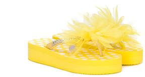 MonnaLisa floral appliqué flip flops