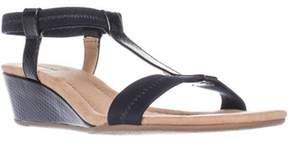 Alfani A35 Voyage T Strap Wedge Sandals, Navy Snake.