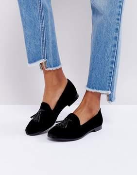 London Rebel Velvet Loafer With Contrast Tassle