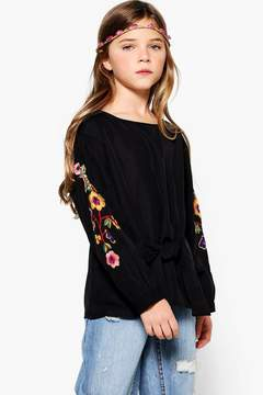 boohoo Girls Embroidered Puff Sleeve Shirt