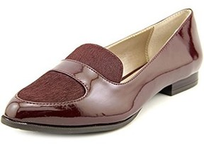 Alfani Zanta Women Round Toe Patent Leather Burgundy Loafer.