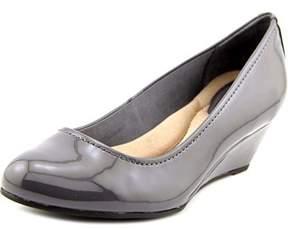 Giani Bernini Jileen Women Open Toe Synthetic Gray Wedge Heel.