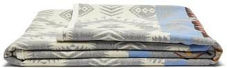 Pendleton Silver Bark Wool Blend Jacquard Blanket - Grey Print