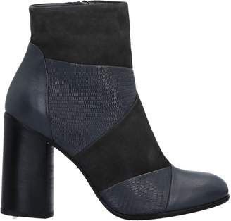 Janet & Janet Ankle boots - Item 11287865WL