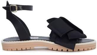 Tipe E Tacchi Black Leather Sandal With Satin Bow
