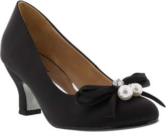 Badgley Mischka Collection Milah Embellished Bow Pump