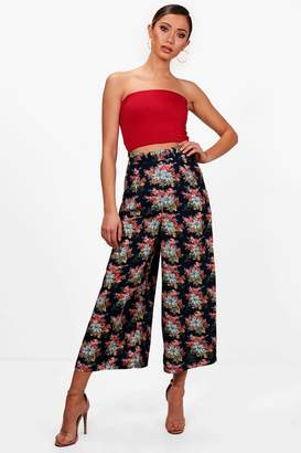 boohoo Woven Floral Cropped Wide Leg Trouser