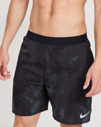 "Nike Distance 7"" Running Shorts"