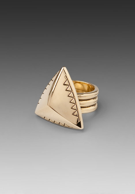 House of Harlow Engraved Pyramid Ring