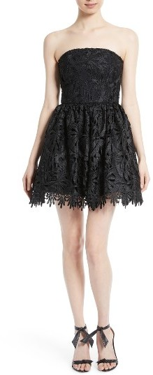 Alice + Olivia Women's Alice + Olivia Daisy Strapless Lace Dress