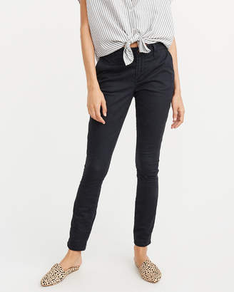 Abercrombie & Fitch Low Rise Chino Pant