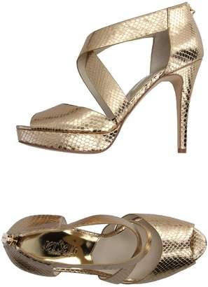 Michael Kors THE JET SET 6 Sandals - Item 11095684RK