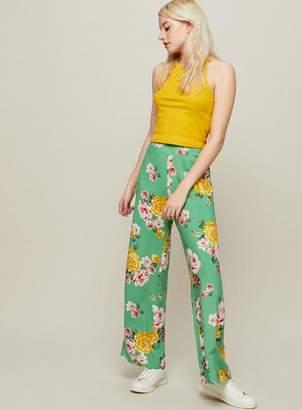 Miss Selfridge Petite green floral print wide leg trousers