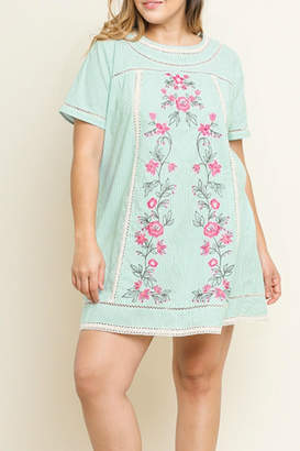 Umgee USA Pure Embroidered Love