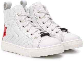 DSQUARED2 ribbed maple leaf logo sneakers