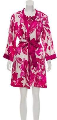 Oscar de la Renta Printed Nightgown & Robe Set w/ Tags Fuchsia Printed Nightgown & Robe Set w/ Tags