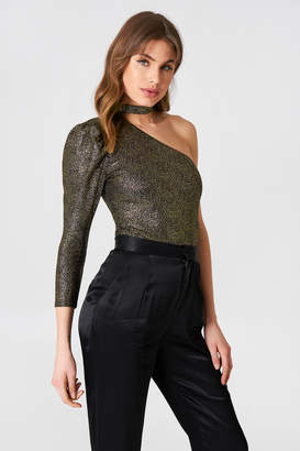 boohoo High Neck One Shoulder Bodysuit