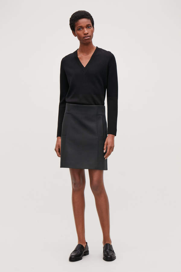 Cos SHORT WOOL SKIRT WITH POCKETS