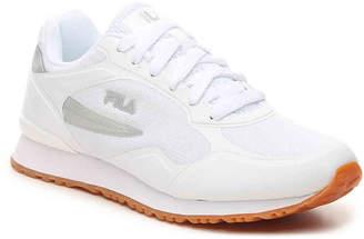 Fila Postrunner Sneaker - Women's