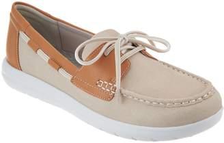 Clarks CLOUDSTEPPERS by Boat Shoes - Jocolin Vista