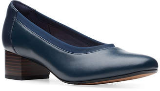 Clarks Womens Chartli Fame Pumps Round Toe Stacked Heel