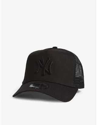 New Era New York Yankees mesh snapback cap