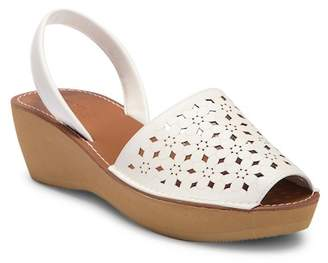 Kenneth Cole Reaction Fine Glass 5 Platform Wedge Sandal