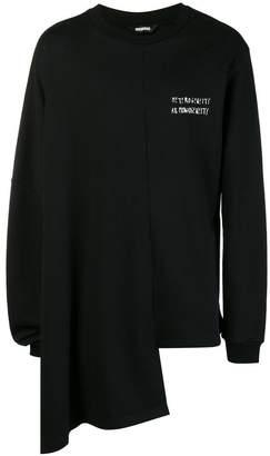 Moohong asymmetric logo sweatshirt