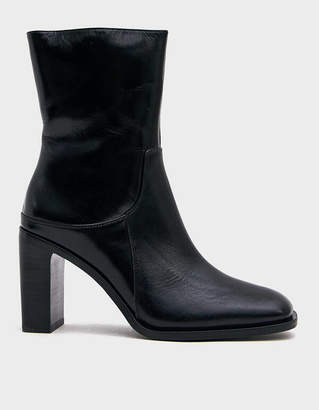 Intentionally Blank MR2 Classic Boot in Black