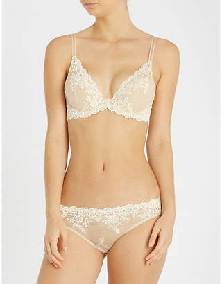 5cc2639063c07 Wacoal Embrace Lace stretch-lace plunge underwired bra