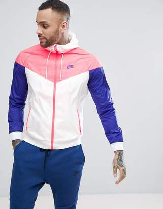 Nike Windrunner Jacket In White 727324-104