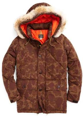 Rocky Mountain Featherbed Todd Snyder +  Nylon Quilted Hooded Parka in Camo