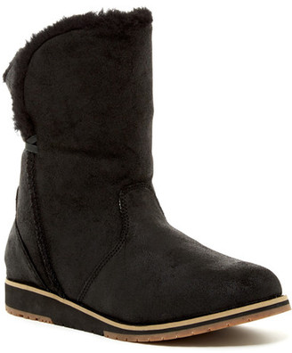 EMU Australia Beach Lo Genuine Sheep Fur Boot $139.95 thestylecure.com