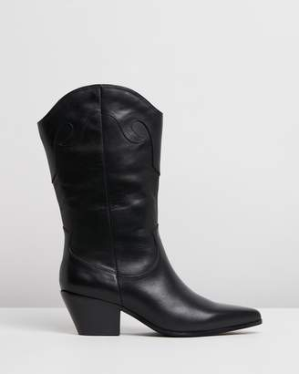 Atmos & Here Orlando Leather Boots