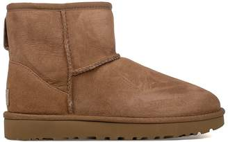 UGG Chestnut Mini Classic Low Boot