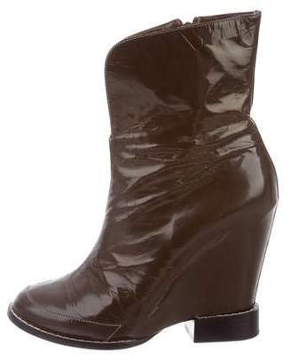 Chloé Round-Toe Wedge Boots