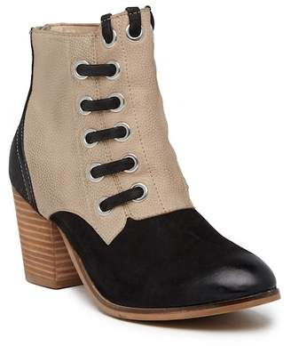 Rebels Banks Bootie