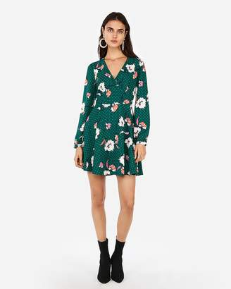 Express Petite Floral Elastic Waist Fit And Flare Dress
