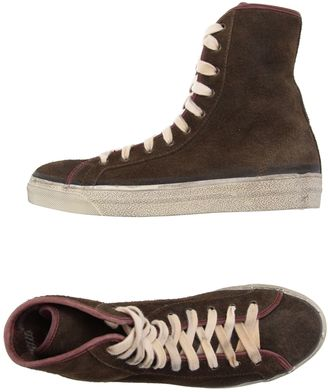 CYCLE Sneakers $179 thestylecure.com