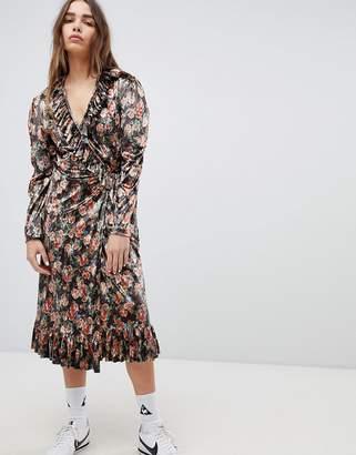 Style Nanda STYLENANDA Printed Maxi Dress